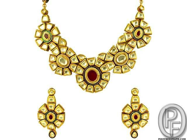 Avaran Jewellery In Mumbai Maharashtra India Watches Gem Stone Category Under Budget 2500 00 Inr